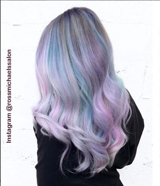 6. Голографические волосы