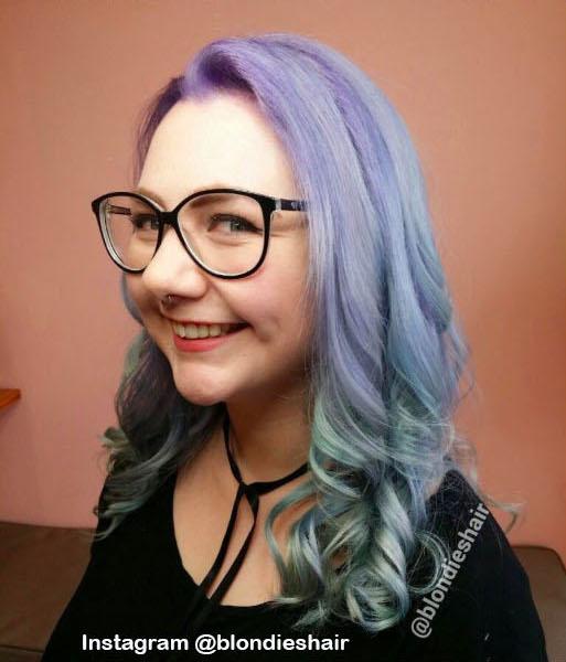 8. Голографические волосы