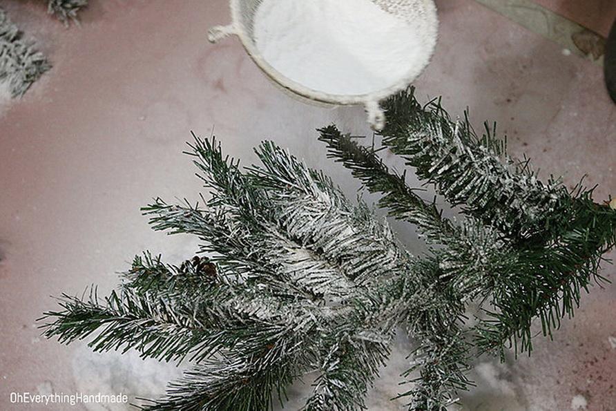 Снег для искусственной елки