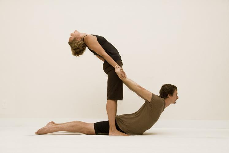 Йога для двоих - Поднявшаяся кобра