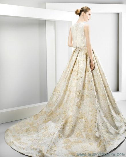 Свадебное платье с цветной юбкой Jesus Peiro