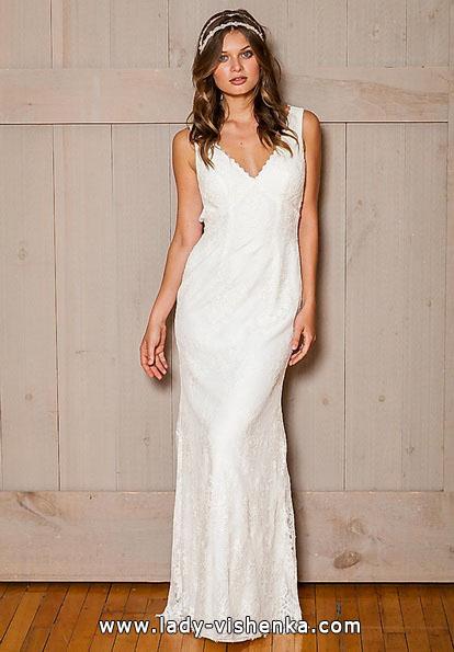 Прямое кружевное свадебное платье - David's Bridal
