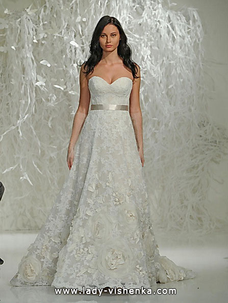 Кружевные свадебные платья А-силуэта - Watters