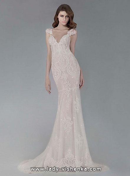 Кружевное свадебное платье рыбка со шлейфом - Victoria KyriaKides
