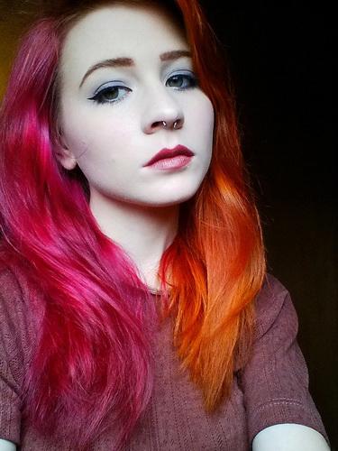 Два цвета на волосах