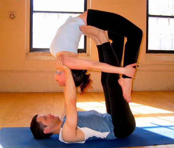 Поза йоги - Летающий лук