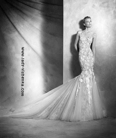 Прозрачное свадебное платье Pronovias
