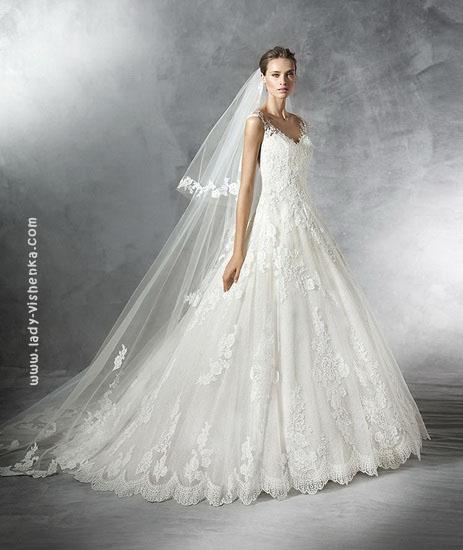 Кружевное платье принцессы Pronovias