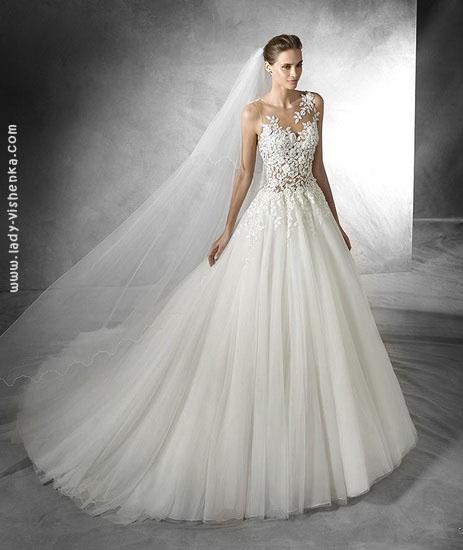 Свадебное платье принцессы с кружевным верхом Pronovias