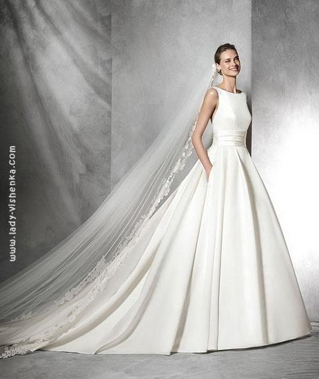 Простое пышное свадебное платье Pronovias
