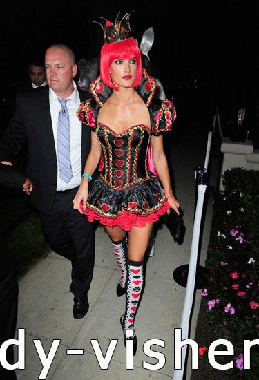 Королева Сердец - костюм на Хэллоуин