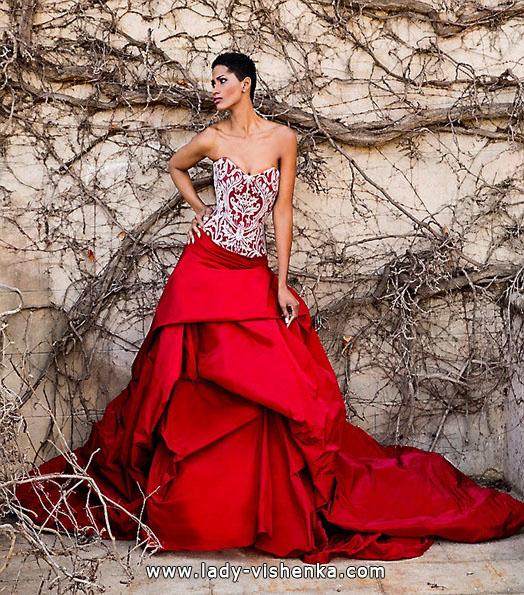 Красное свадебное платье - приметы - Jordi Dalmau