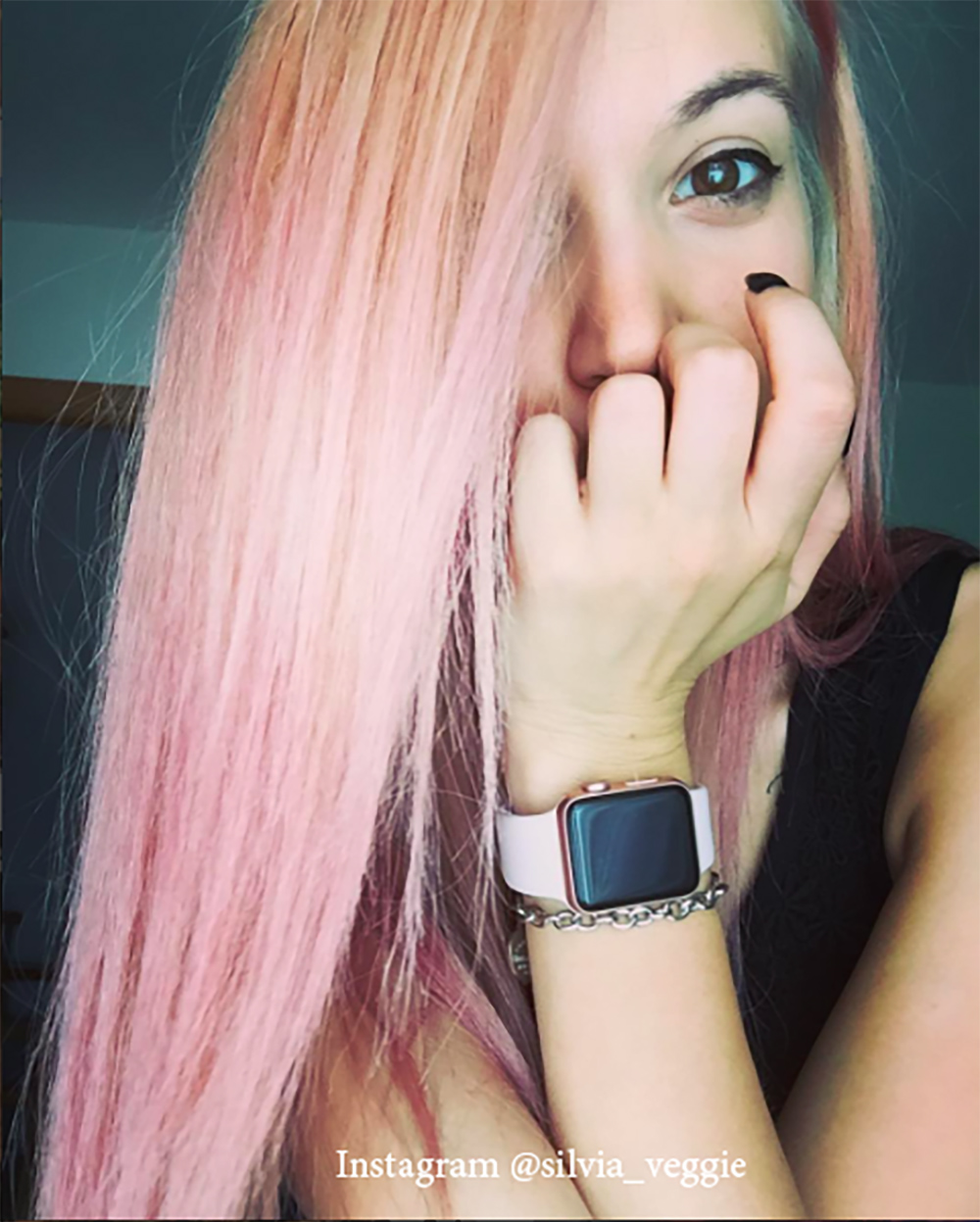 10. Цвет волос - розовое дерево