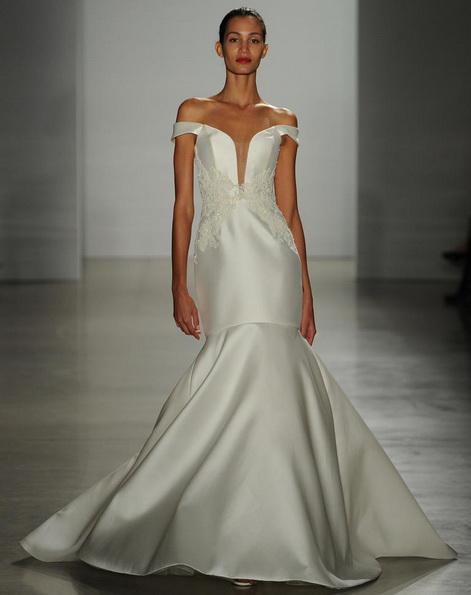 Атласное свадебное платье - русалочка - Kenneth Pool