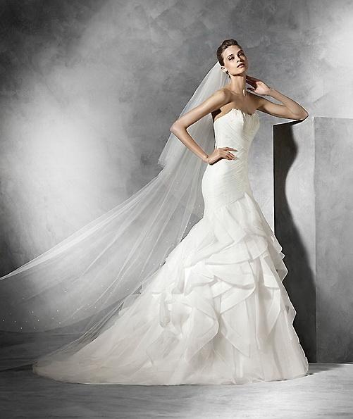 Свадебное платье из атласа - русалочка - Pronovias