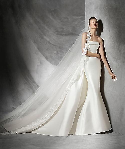 Атласное свадебное платье - рыбка - Pronovias