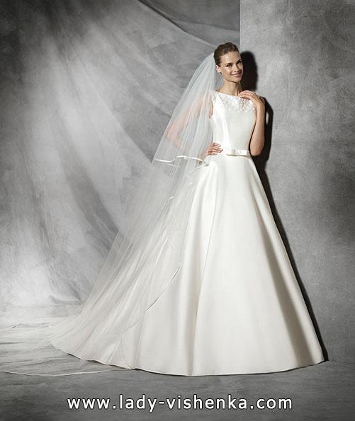 АтАтласные свадебные платья 2016 - дизайнер Pronovias