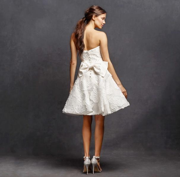 Короткое свадебное платье с пышной юбкой 2016 фото - Isabelle Armstrong
