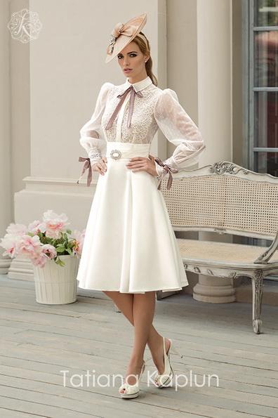 Короткие свадебные платья с длинным рукавом - Tatiana Kaplun