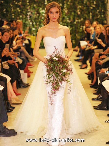 Простое белое свадебное платье - Carolina Herrera