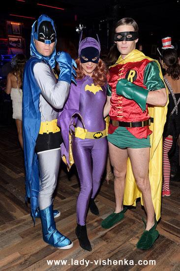 Девушка Бэтмена на Хэллоуин