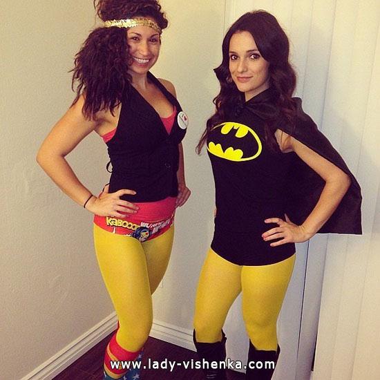 Девушки - супер герои на Хэллоуин