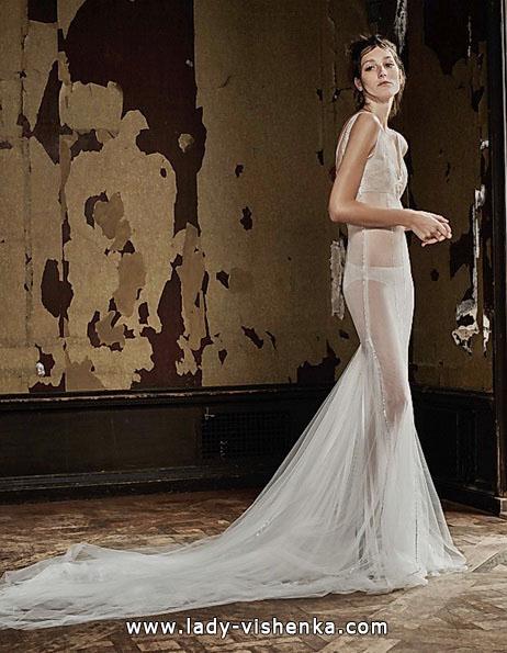 Прозрачное свадебное платье со шлейфом - Vera Wang