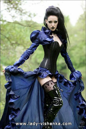 Вампир на Хэллоуин для девушек