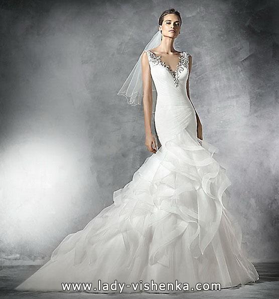 Свадебное платье рыбка со шлейфом 2016 -Pronovias