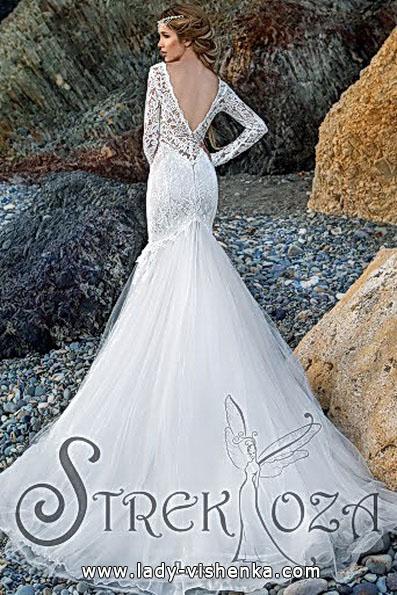 Свадебное платье рыбка с рукавами и шлейфом - Strekoza