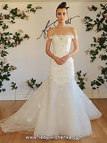 Свадебное платье рыбка со шлейфом - Austin Scarlett