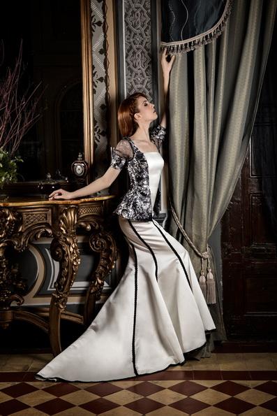 Свадебное платье с атласной юбкой Jordi Dalmau 2016