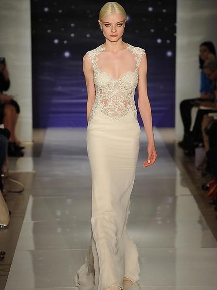Свадебное платье с атласной юбкой Reem Acra 2016
