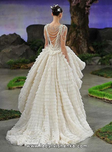Пышное свадебное платье короткое спереди со шлефом 2016 - Ines Di Santo