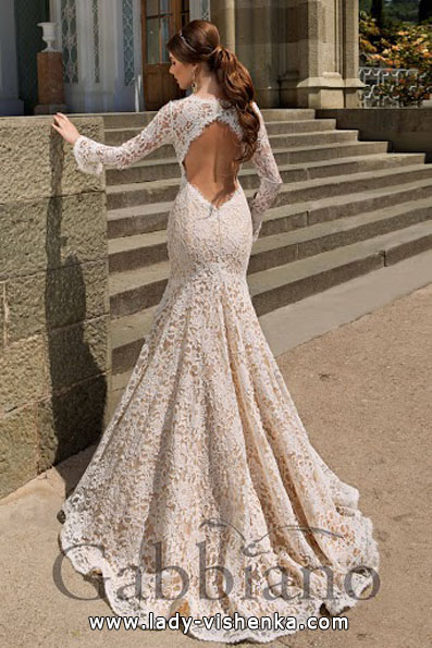 Свадебное платье рыбка с кружевным рукавом - Gabbiano