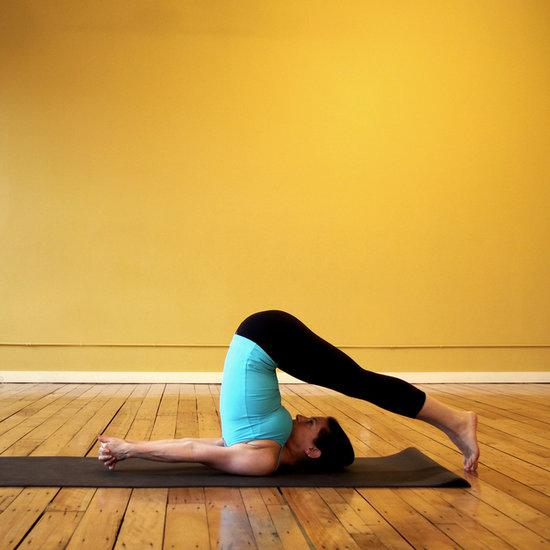 Поза йоги - плуг